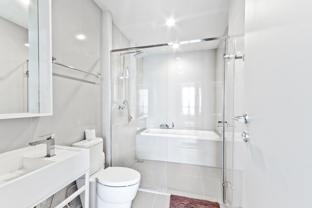 Jak zaprojektować łazienkę o małym metrażu?
